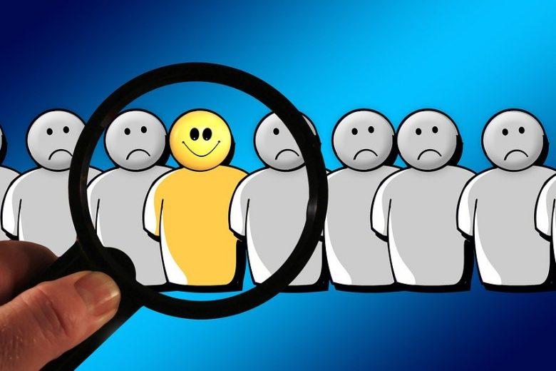 Niet geaccepteerd in een groep? Het ligt niet aan jou. Strategieën om jezelf staande te houden. Afbeelding van Gerd Altmann via Pixabay
